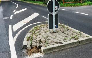 Verkehrsinsel Höhe Grüner Weg